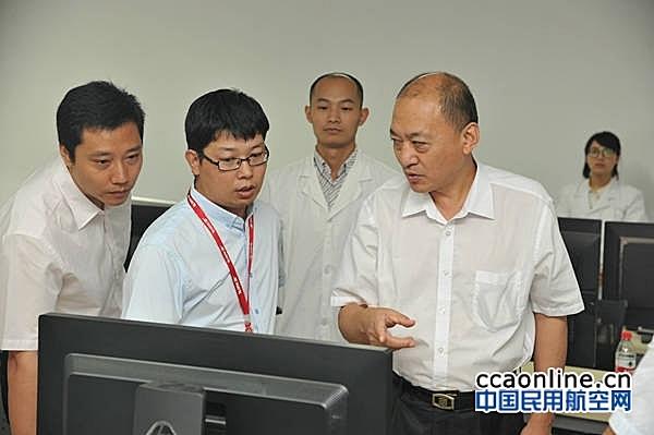 华北空管局局长文学正赴中电科二十八所调研