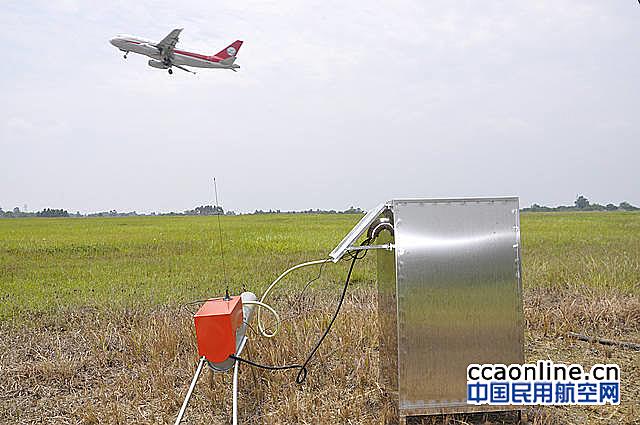 成都机场从加拿大引进20门煤气驱鸟炮保障飞行安全