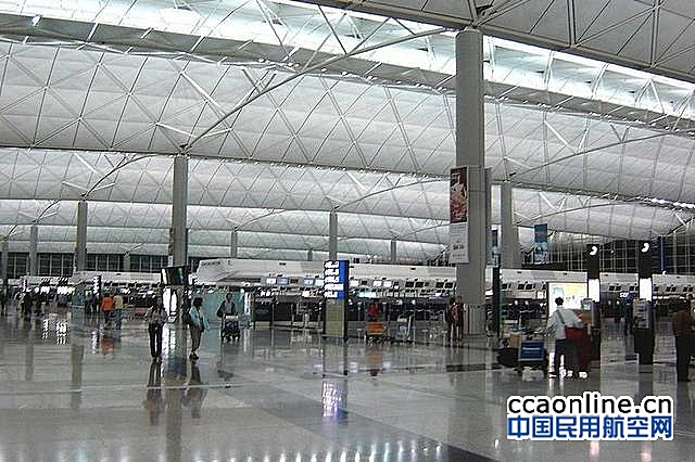 香港国际机场国泰航空贵宾室一职员初步确诊:源头不明,涉L452R变异病毒株