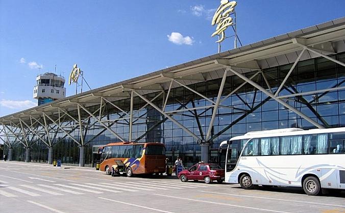 青藏高原最大国际机场国庆长假航班量超历史同期水平