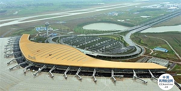 冯正霖赴安徽调研,鼓励航空公司在安徽设立分公司、投放运力