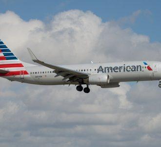 美国航空 波音737-800