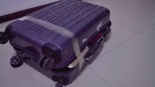 旅客行李损坏,致电哈尔滨机场求处理却遭蛮横对待